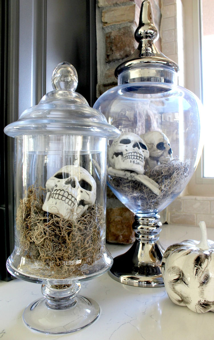 Elegant & Spooky Halloween Home Tour | TheHouseofSilverLining
