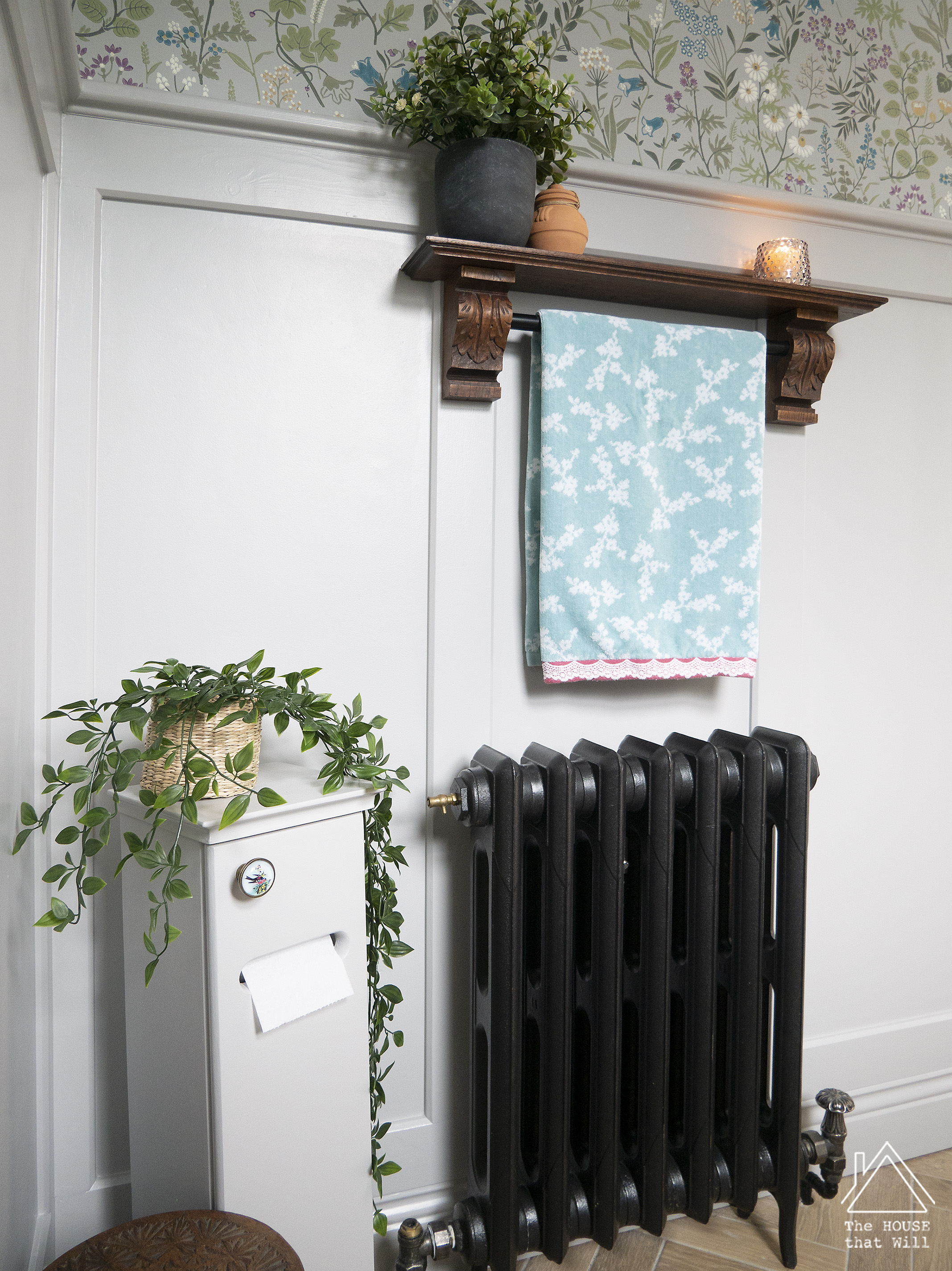 The House that Will | DIY Antique-style Towel Rail