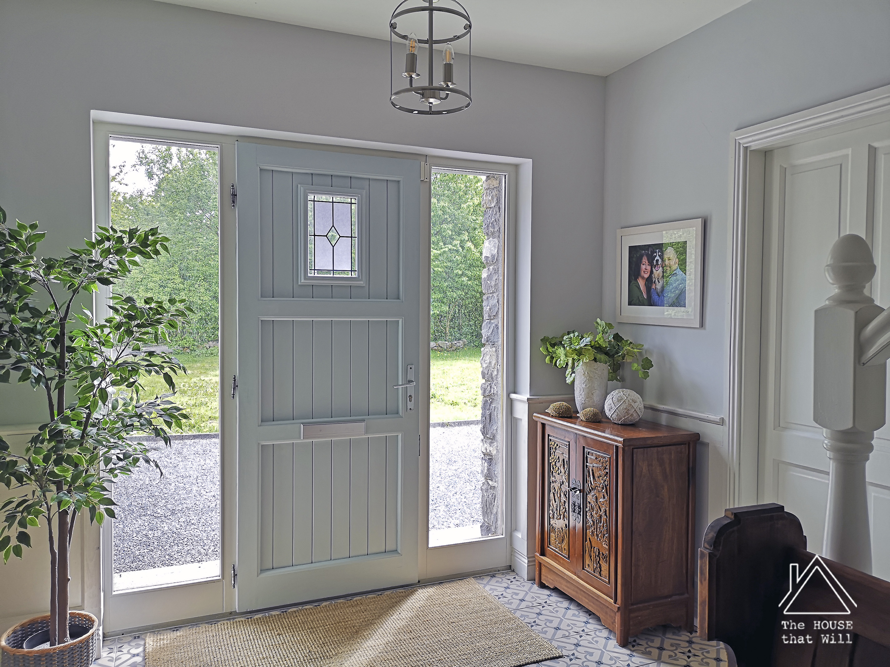 The House that Will | Leaded and Etched Glass Feature Window