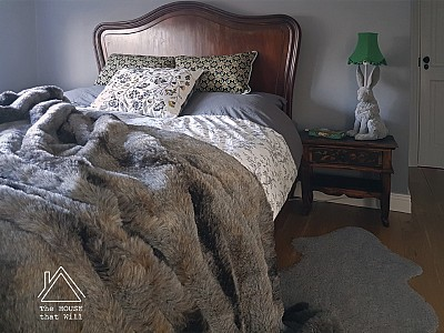 DIY Faux Fur Throw