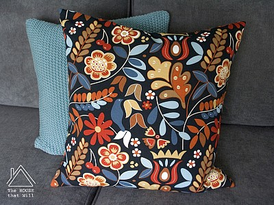 Cushion Cover with Hidden Zipper